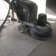 poncer beton sol